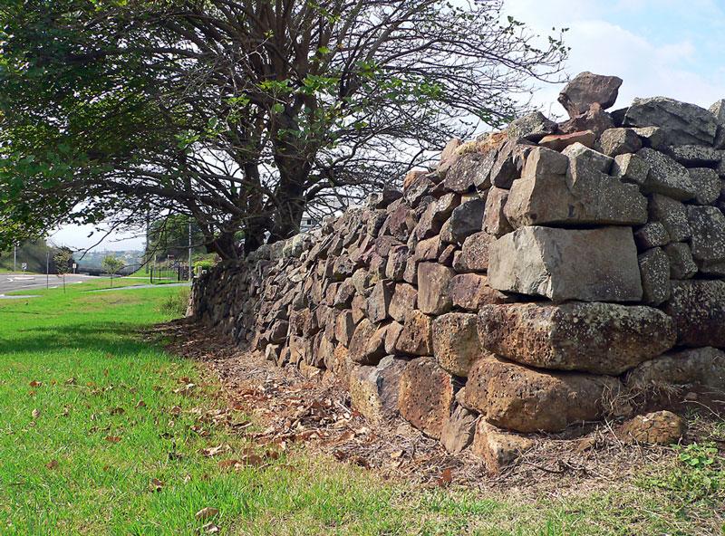 PLW_STS_Stone-Wall-Near-Kiama